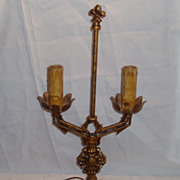 Arts and craft style lamp