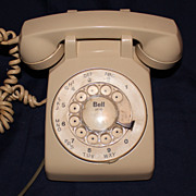 Ivory rotary western electric phone