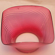 Gas oil cranberry swirl lamp shade
