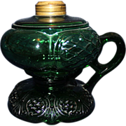 Green footed Prince Edward oil lamp