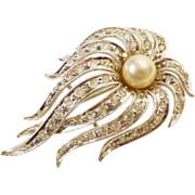 Cascading Waterfall Brooch/Pendant in Crystal and Faux Pearl