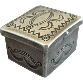 Vintage Sterling Silver Navajo Stamp Work Pill Box