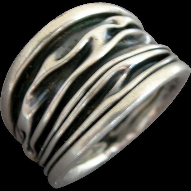 Crinkled Modernist Design Sterling Silver Ring