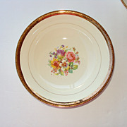 10 inch Dinner Plate 22kt gold rim floral center Stetson China, USA