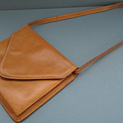 Beautiful Vintage Italian Leather Shoulder Bag
