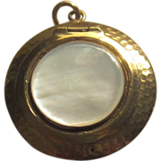Vintage Gold Tone Mother of Pearl Rouge Compact