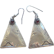 VNTAGE STERLING SILVER LARGE TRIANGLE AND GARNET EARRINGS