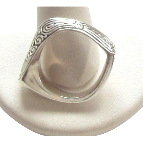 Vintage Abstract Sterling Silver Ring - Size 8