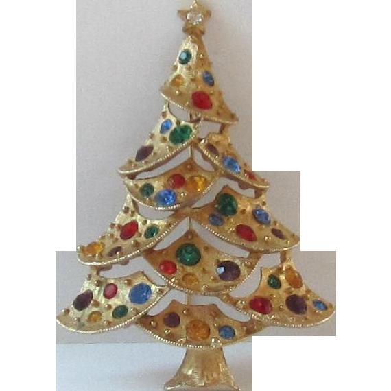 Vintage Gold Tone Christmas Tree Pin