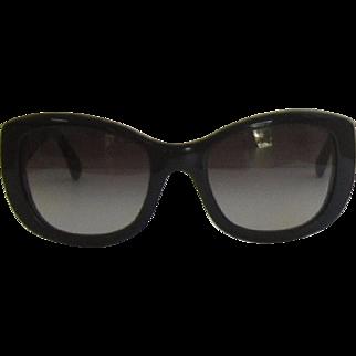 Vintage Fabulous Chanel Black Sunglasses