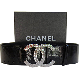 Vintage CHANEL Ladies  Black Patent Leather Wide Belt with box