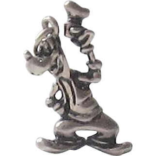 Wonderful Vintage Disney Charm - Goofy
