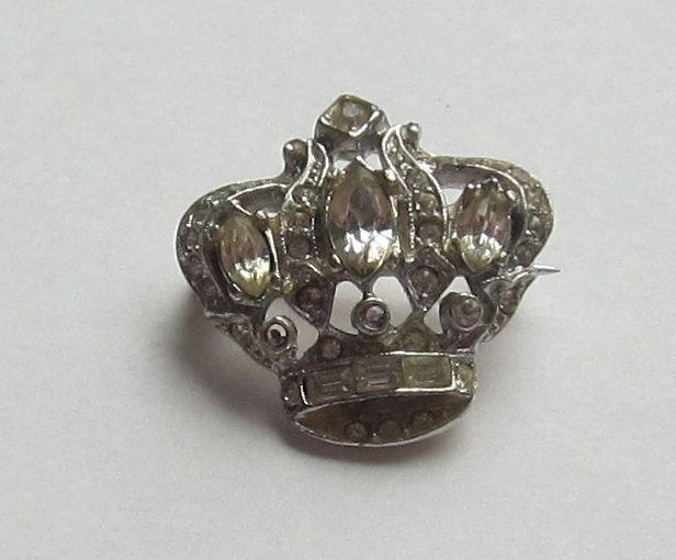 Brilliant Vintage Silver Tone Rhinestone Crown Pin