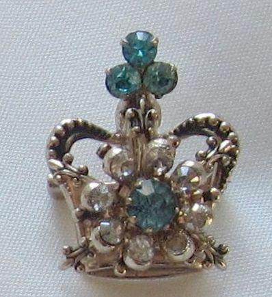Sparkling Vintage Gold Tone Rhinestone Crown Pin