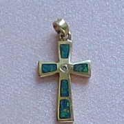 Sweet Vintage 14K Yellow Gold and Austrian Opals Cross