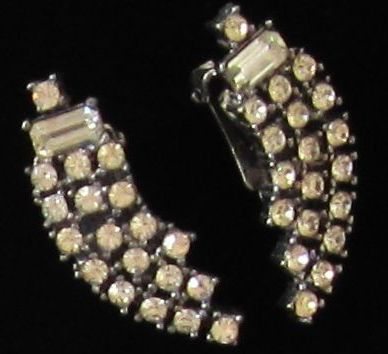 Glamorous Vintage Rhinestone Silver Tone Earrings