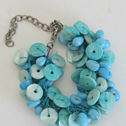 Adorable Vintage Button and Bead Bracelet