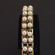 Charming Vintage Faux Pearl Flexible God Tone Bracelet