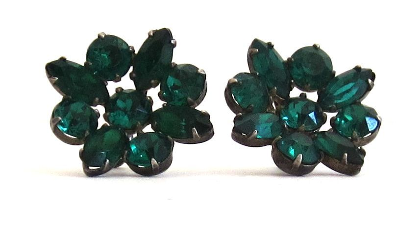 Vintage Sterling Silver Green Glass Stone Earrings