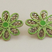 Coro Vintage Gold Tone Light Green Enamel Daisy Earrings