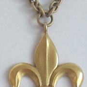 Vintage, Necklace,Long Gold Tone Heavy Link Chain Fleur di Lys Pendant