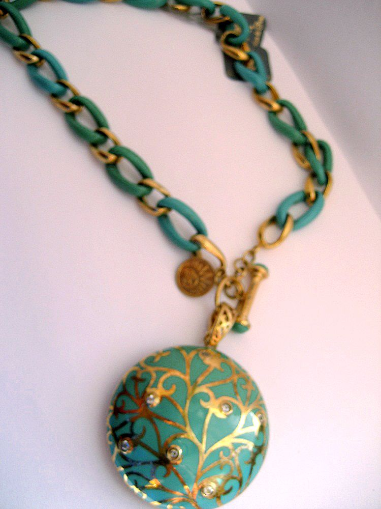 An ESTATE Turquoise Razin Vermeiled Silver Necklace with Taggle clasp and CONTESSA ENHANCER -Vermeil with White Topaz in Turquoise.
