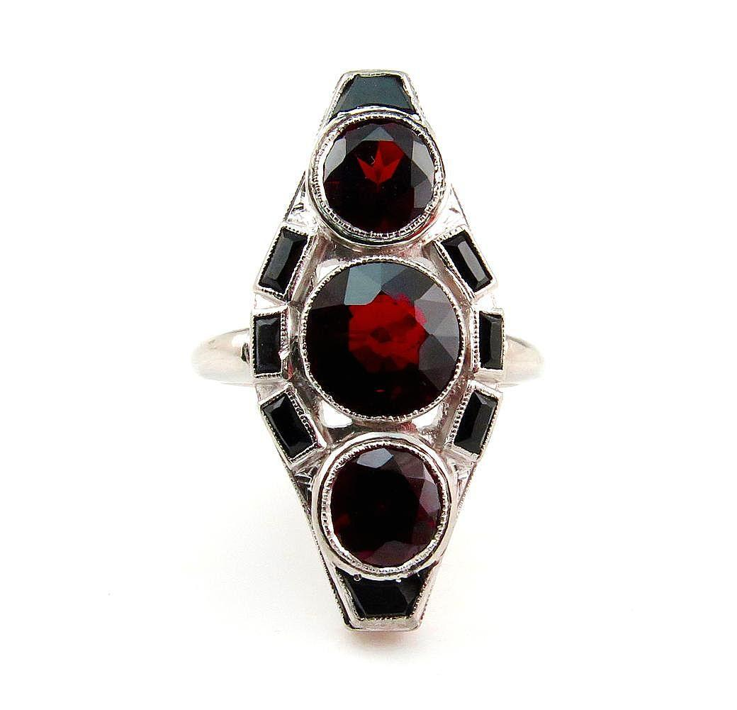 Art Deco 5ctw Red Garnet and Black Onyx Three Stone Vintage Platinum Ring