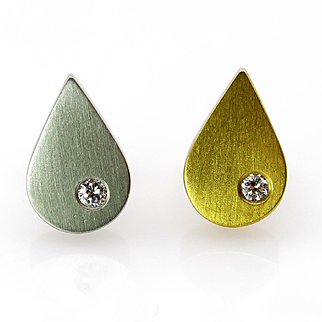 Vintage Diamond Solitaire 18K Yellow & White Pear Shaped Gold Stud Post Earrings
