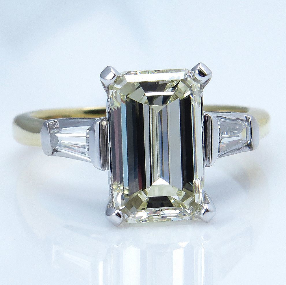 classic vintage 3 37ct emerald cut and baguette