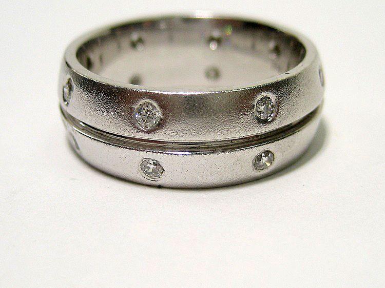 Estate 0 30ct Eternity Round Diamond Wedding Band In Burnish Set Ring