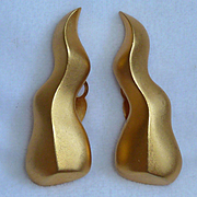 Karl Lagerfeld Organic Shaped Gold Tone Earrings Vintage