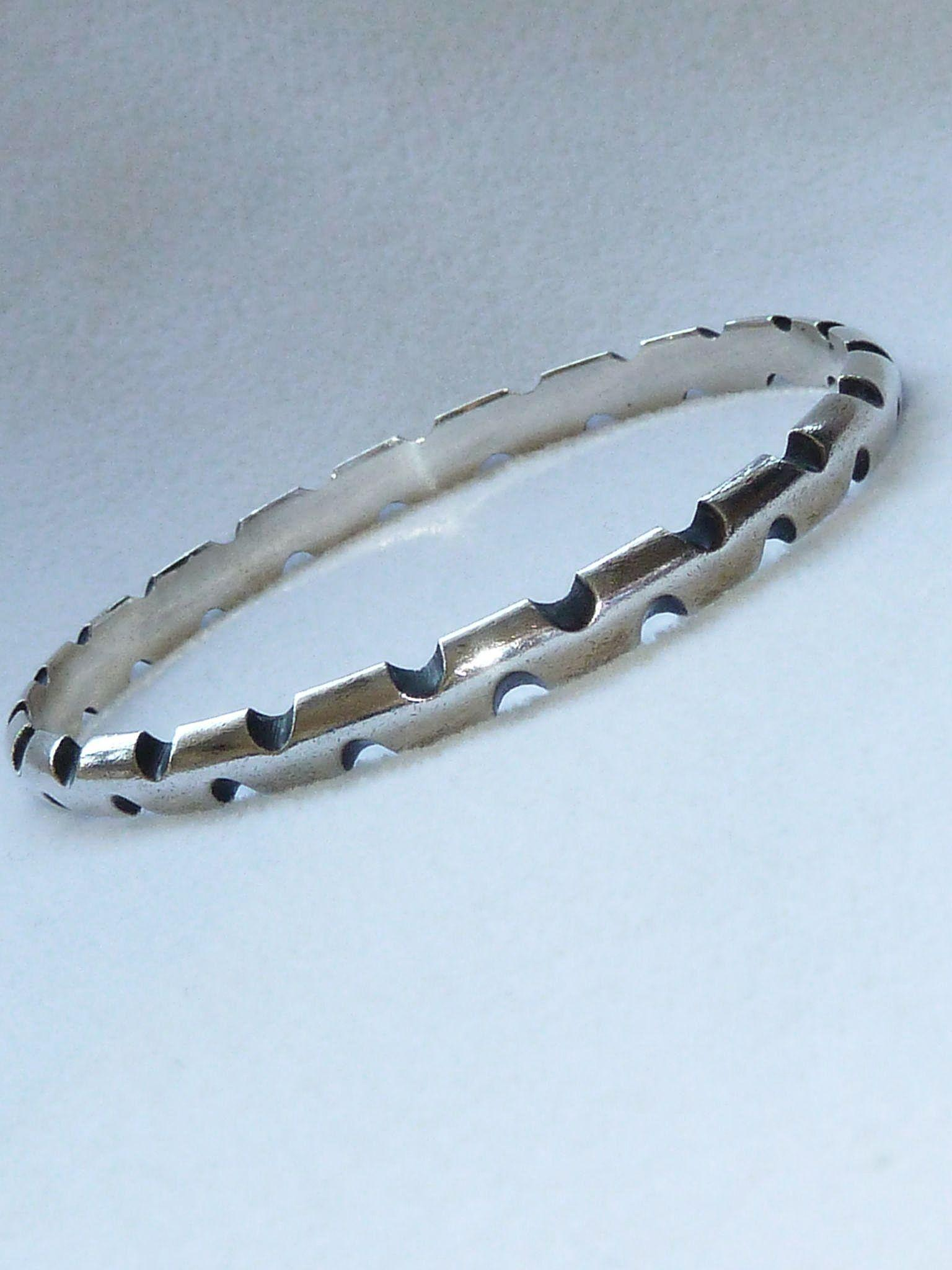 Antonio Pineda Notched 970 Silver Bangle Bracelet