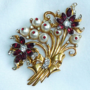 Coro Craft Gold Tone Pearl Bead and Red Rhinestone Brooch Pin