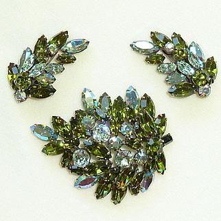 Regency Olivine Rhinestone Brooch Pin and Earring Set Vintage