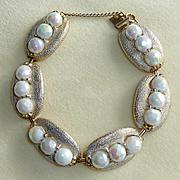 Hobe White Opalescent Bead Bracelet Vintage