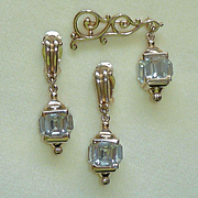 Pennino Lantern Rhinestone Pin Earrings