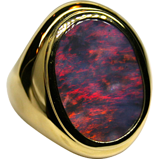 Men's 18K Yellow Gold Ring with an 18.70 Carat Solid Australian Opal