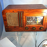 Zentih table top Radio