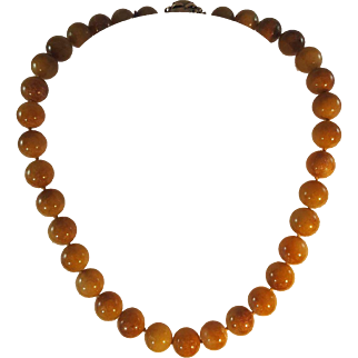 """Honey"" Jade Beaded Necklace"