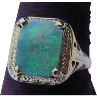 Antique Edwardian 14k Gold and Fire Opal Ring