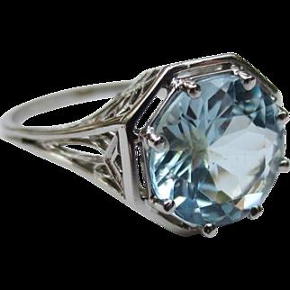 Art Deco Platinum faceted Aquamarine Antique ring
