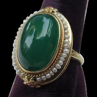 Beautiful Edwardian Antique 14k Gold seed pearl & Chrysoprase ring