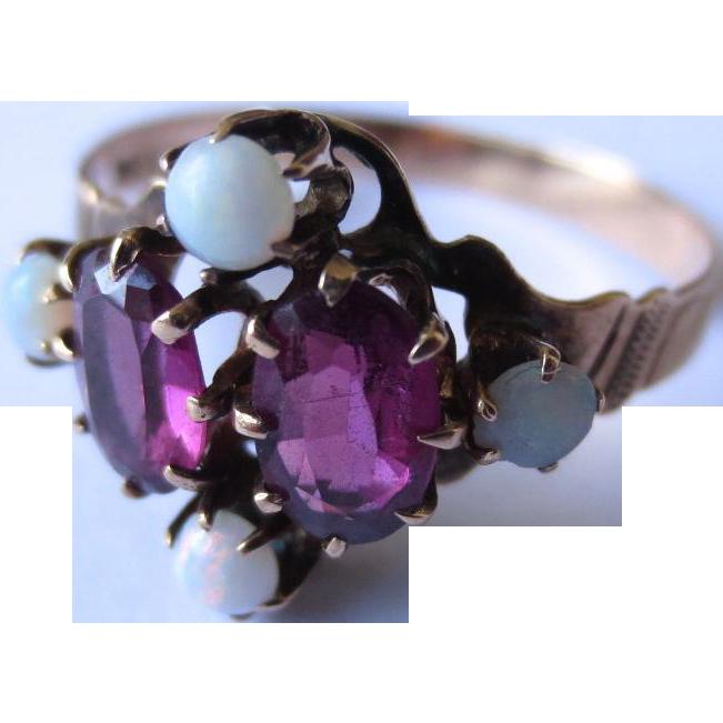 Lovely Victorian Opal & Garnet 14k Gold Ring