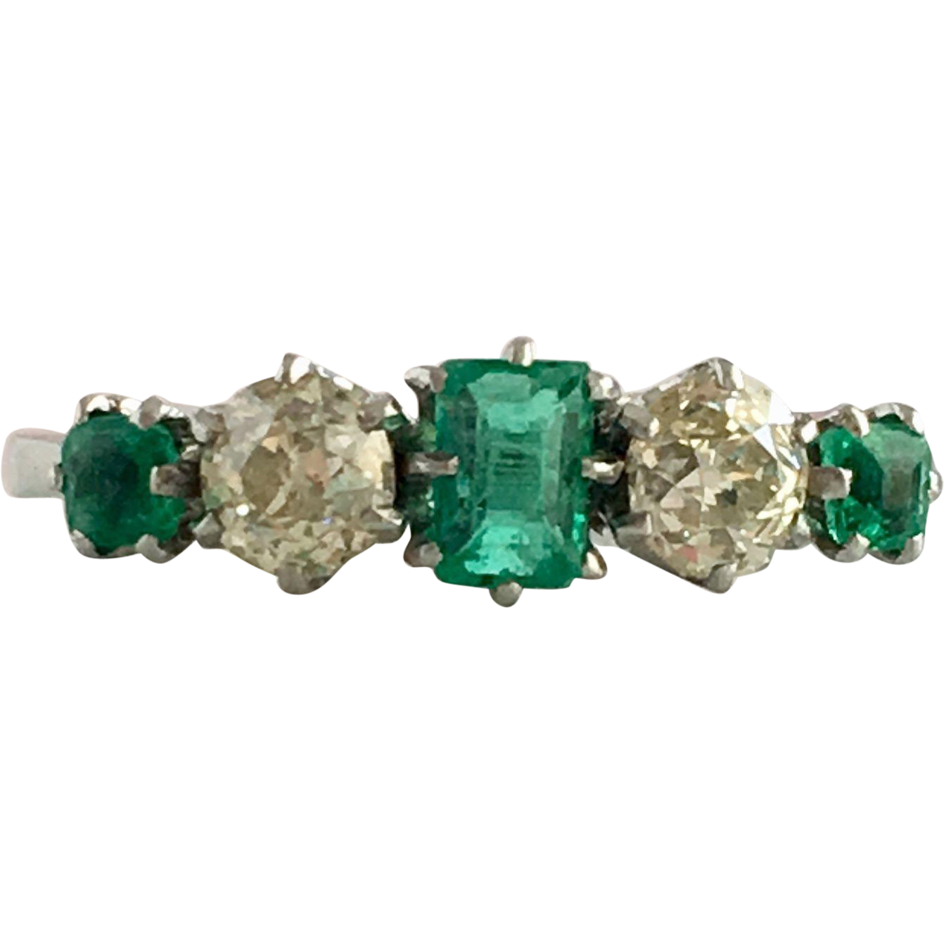 Beautiful Antique 18k White Gold Diamond & Emerald Ring