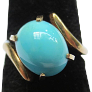 Persian Turquoise Cabochon 14k Gold Vintage Ring