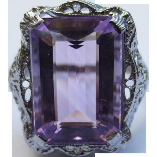 Vintage 10k White Gold Filigree Amethyst Ring