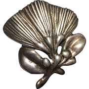 Mings Sterling Silver Vintage Flower Brooch