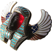 Winged Egyptian Revival Brooch in Enamel and Silver, Circa 1920