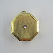 Art Deco Hexagonal Pill Case with Diamond in 14K Yellow Gold 1920's Locket compact