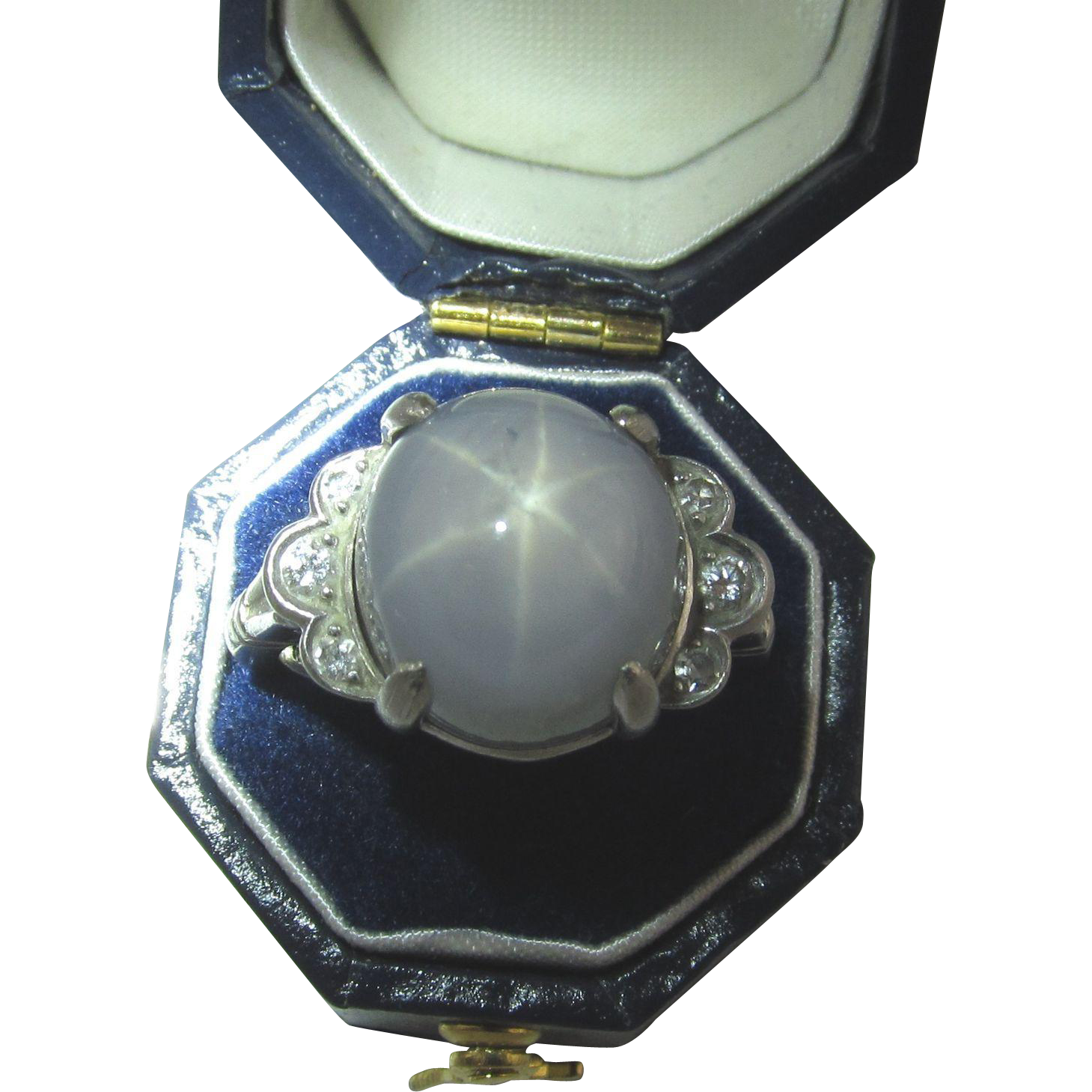 Platinum Star Sapphire Ring, 18ct Sapphire, Ring Size 6+